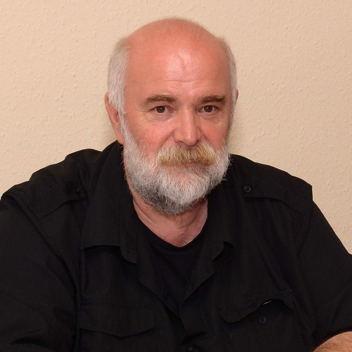 Arató László tanár